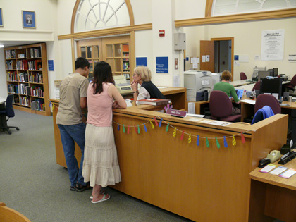 SILS Library Reference Desk