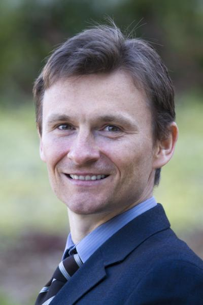 photo of Dr. Lukasz Mazur
